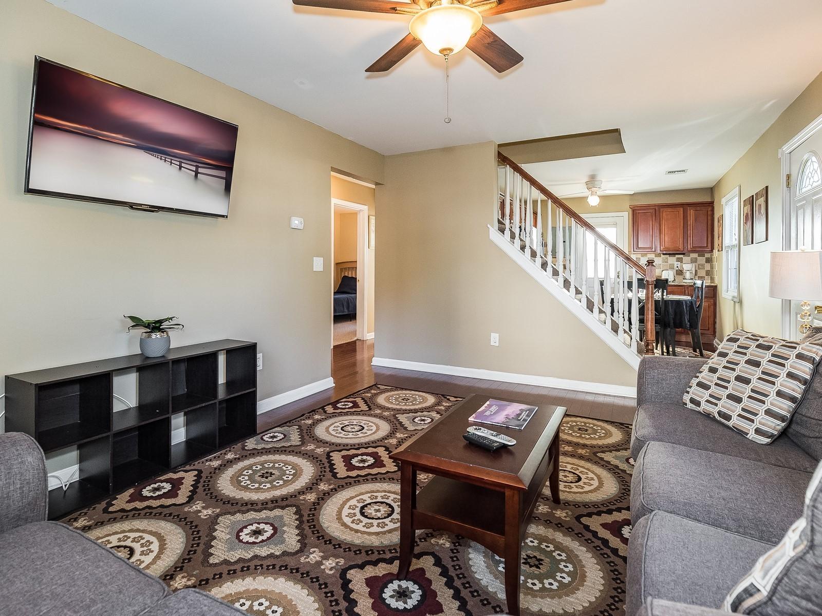 01-Furnished_Apartment_Edison_Living Room