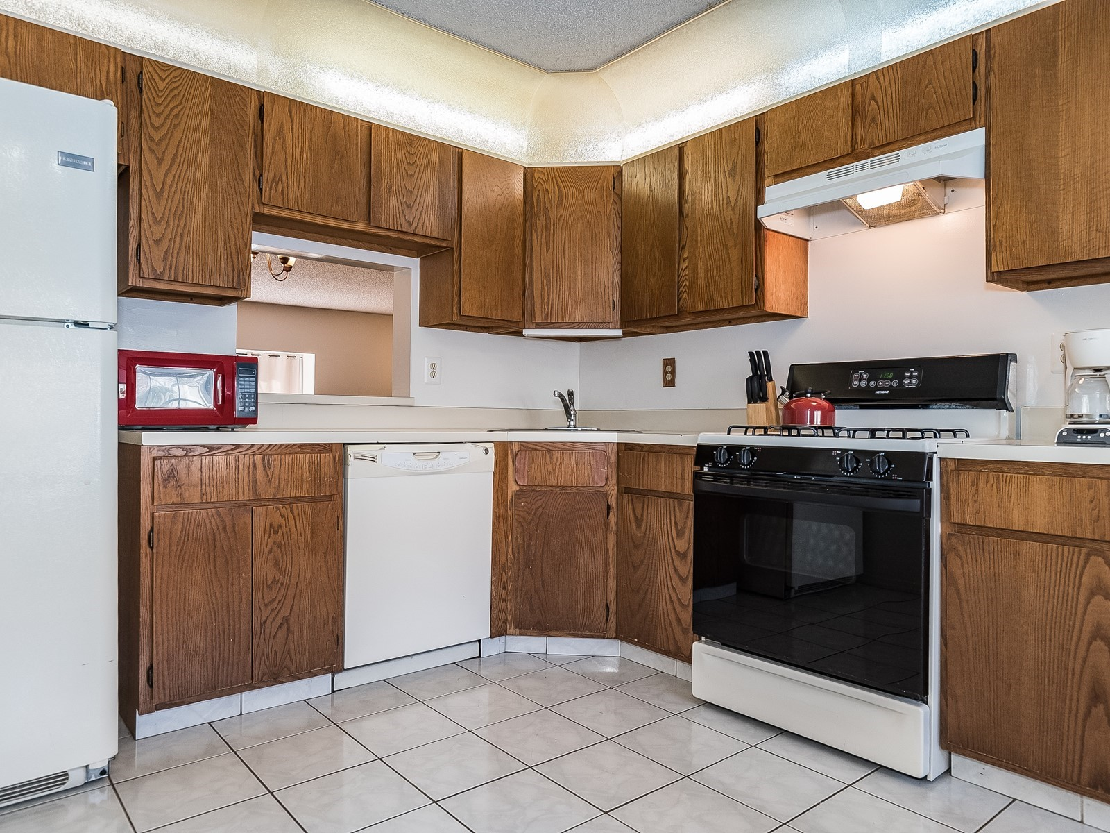 Piscataway 147 Furnished housing kitchen with refrigerator, oven and included appliances