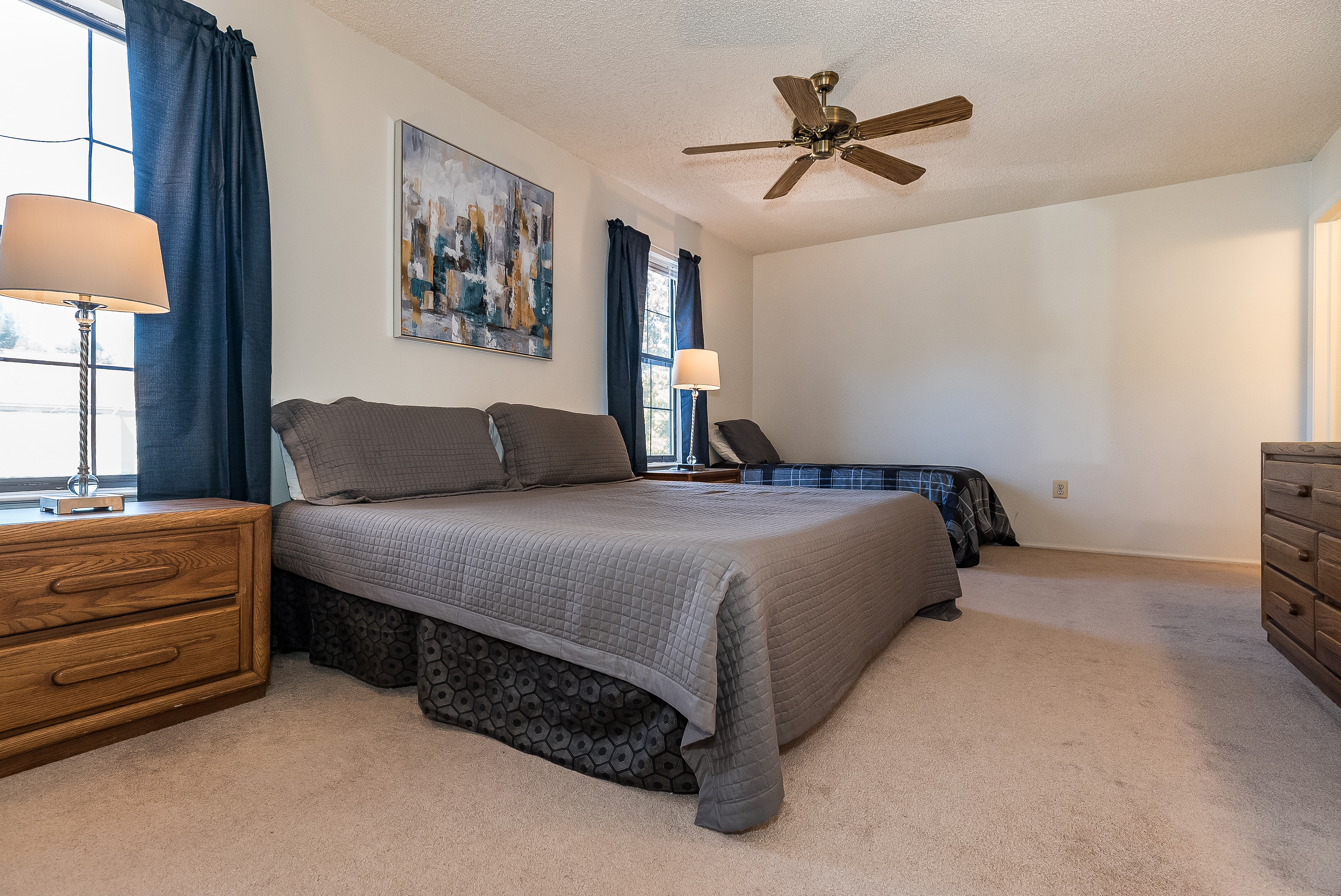 Piscataway 147 Furnished housing Master bedroom with king sized bed and twin bed