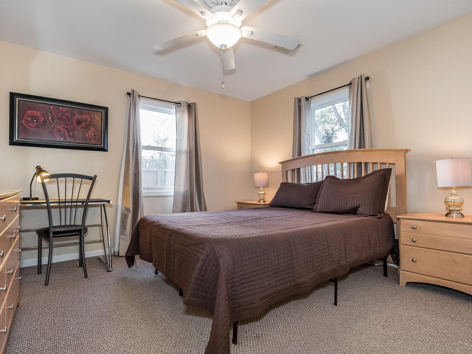 05-Furnished_Apartment_Edison_Master Bedroom