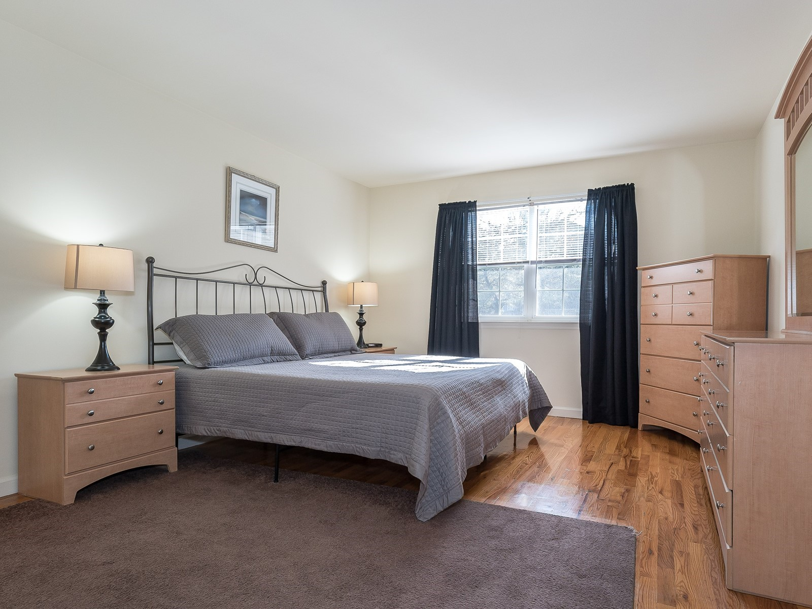 07-Bridgewater FurnishedApartment_22_Master Bedroom