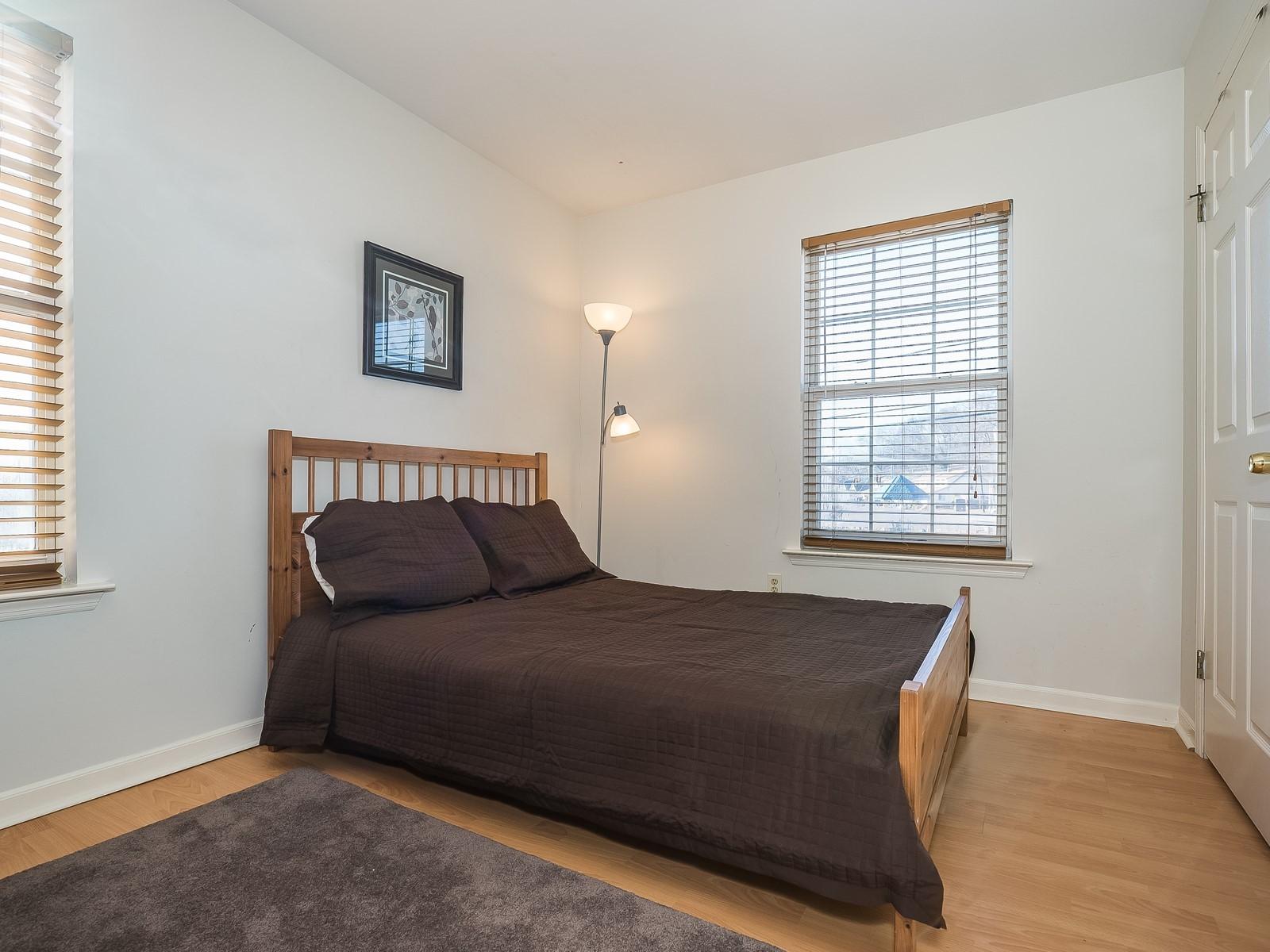11_Furnished-House-Woodbridge_2nd Bedroom