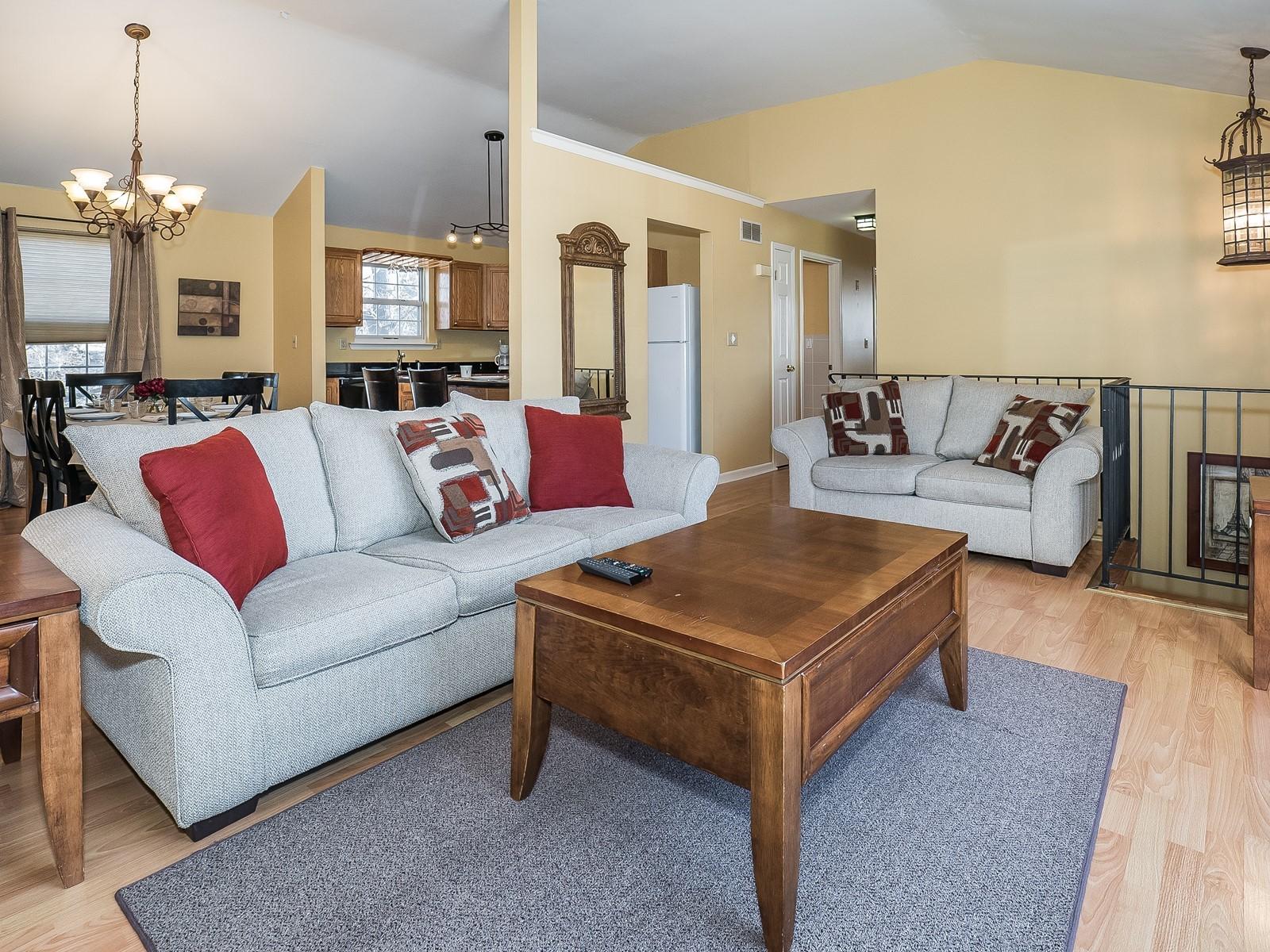 5_Furnished-House-Woodbridge_UpstairsLivingRoom2