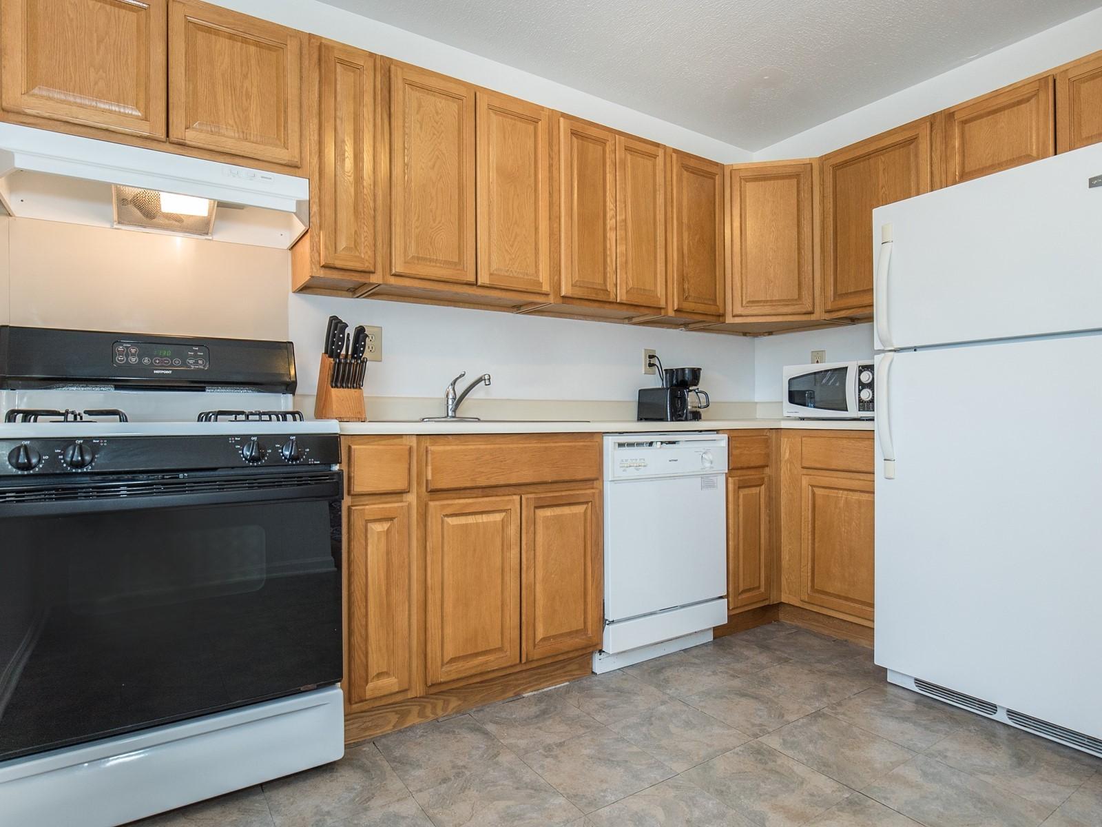 5_Short_Term_Housing_Bridgewater_Unit_94_Kitchen