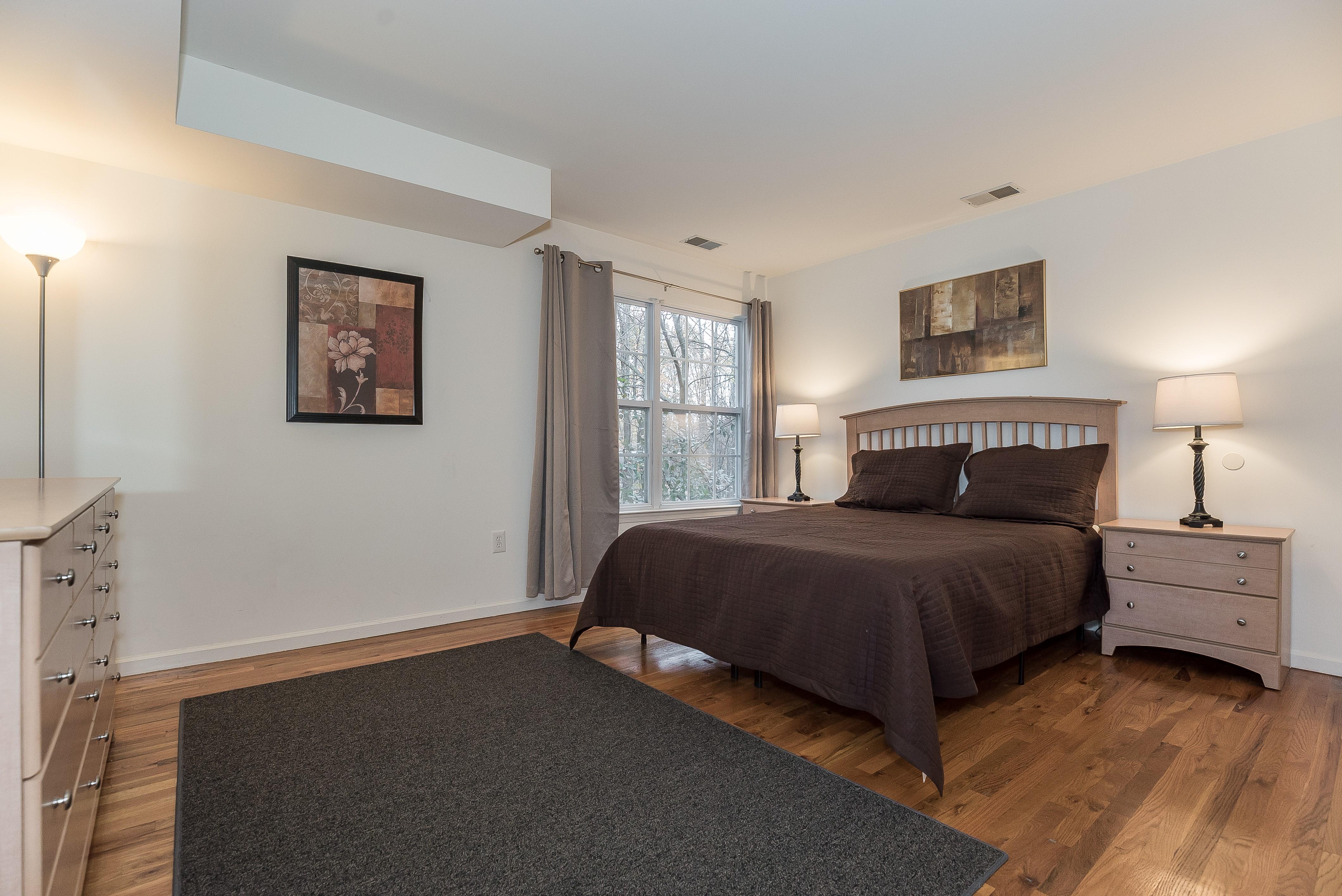 6-Short_Term_Housing_South_Plainfield_724_Master Bedroom