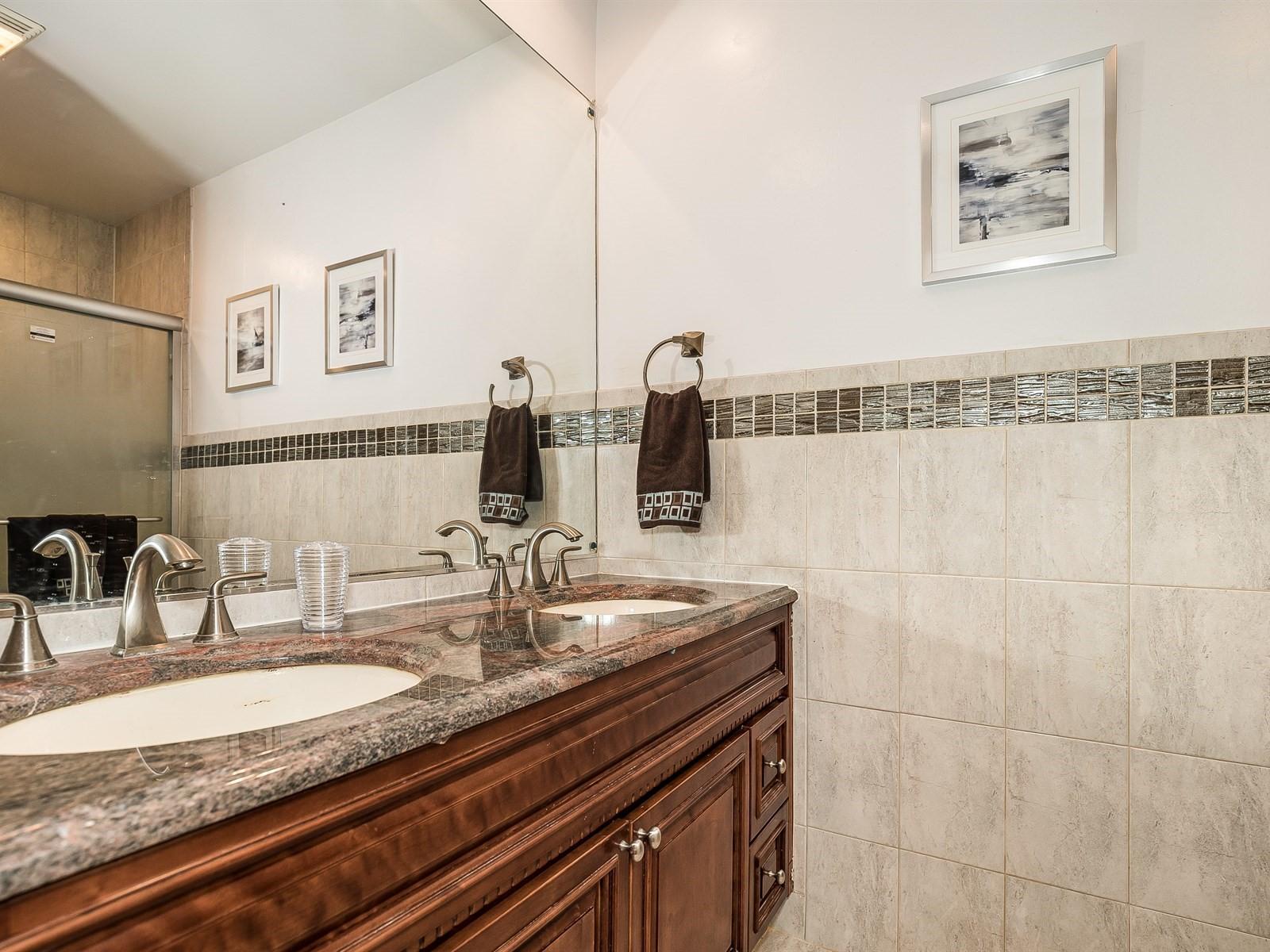 Woodbridge 4 Temporary Housing Master Bathroom