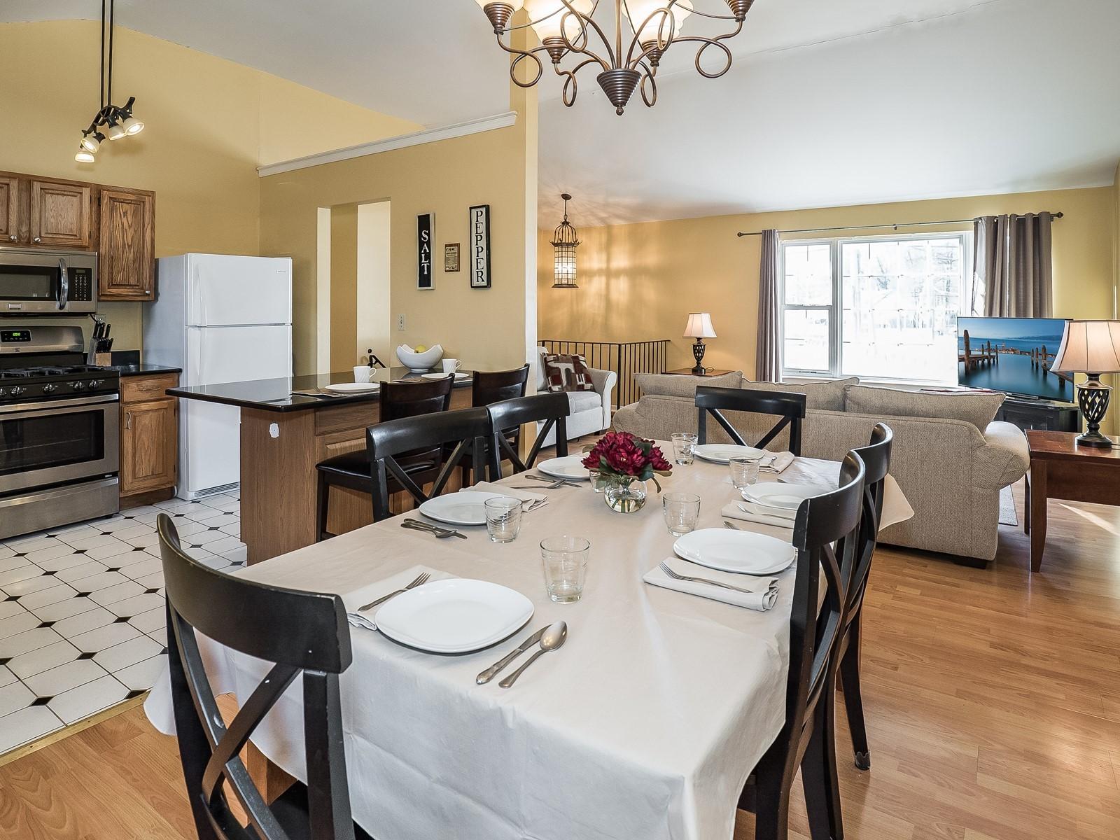 7_Furnished-House-Woodbridge_DiningRoom2