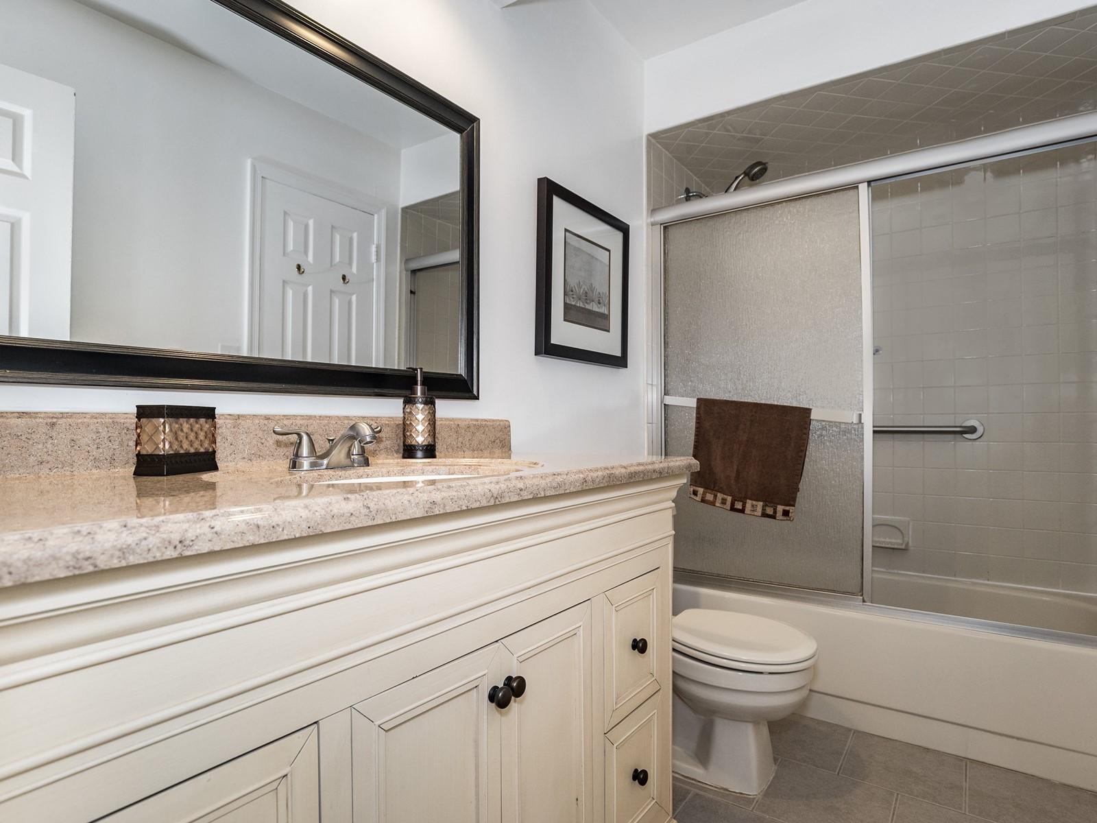 Woodbridge 404 Furnished Apartment bathroom