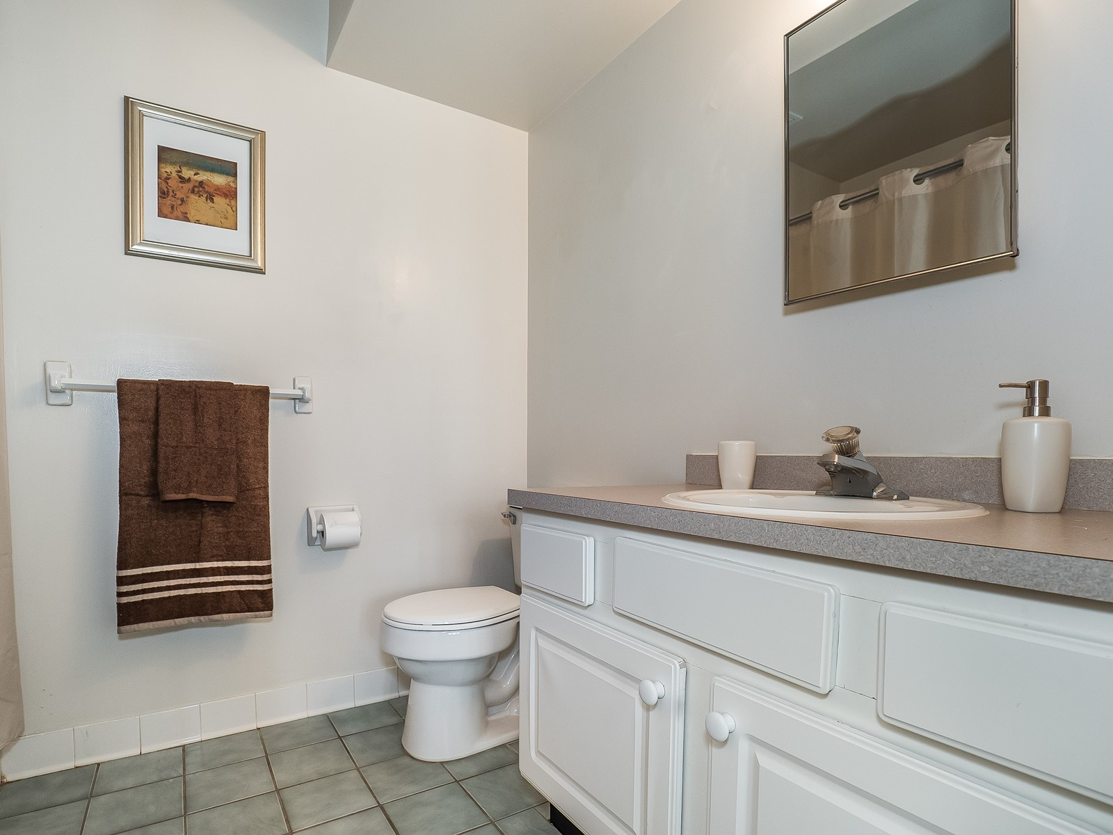Woodbridge 801 Short Term Housing master bathroom