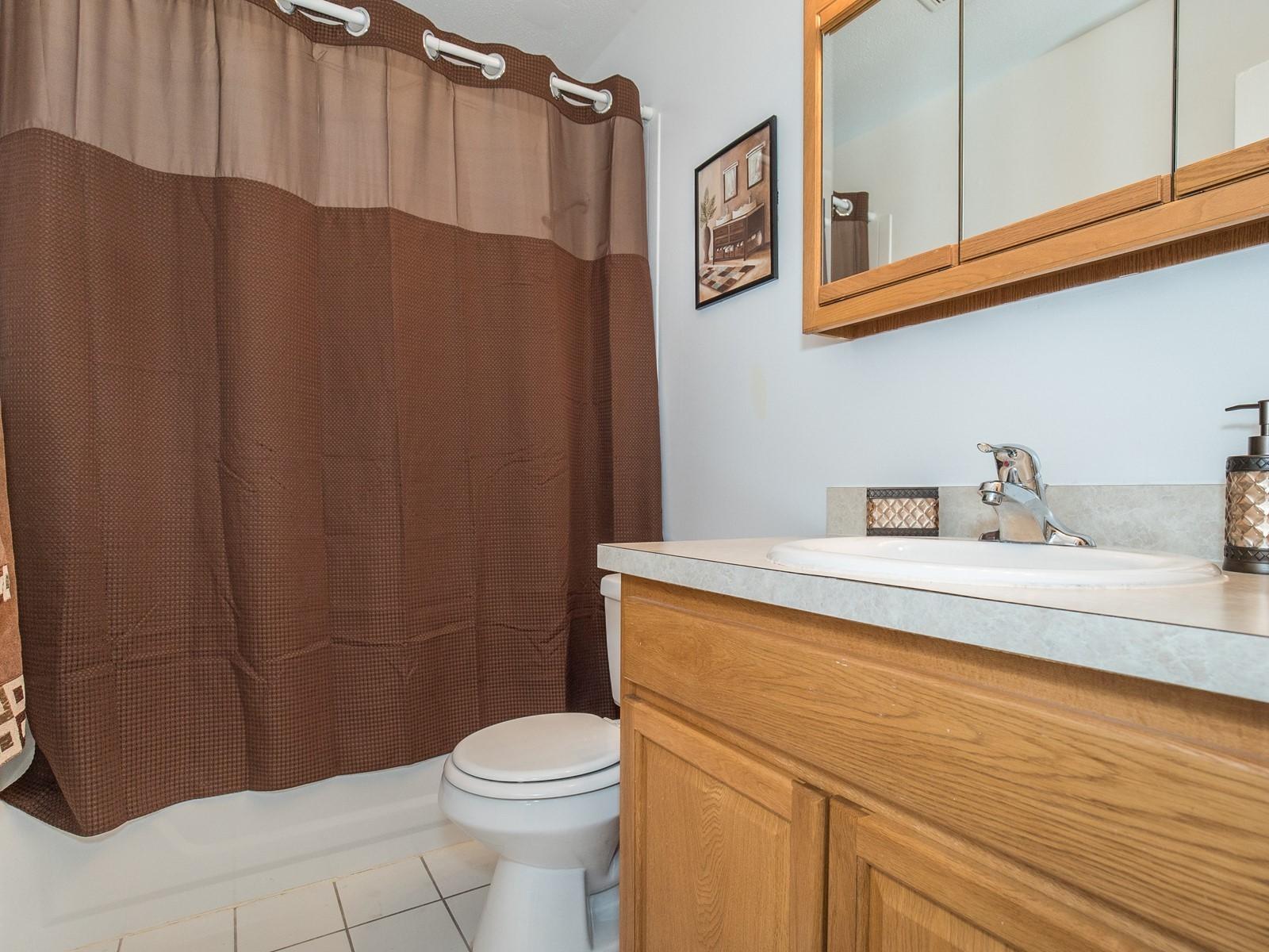 9_Short_Term_Housing_Bridgewater_Unit_94_Bathroom