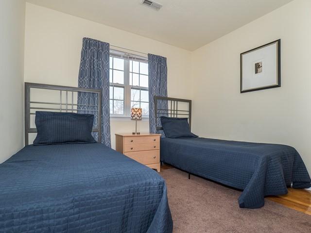 10_Bridgewater-short-term-rental_Bedroom3