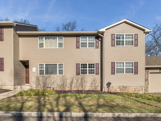 12-Furnished-Apartment-Bridgewater_Exterior