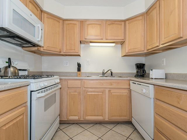 North Brunswick Temporary Housing furnished with oven, dishwasher and stove