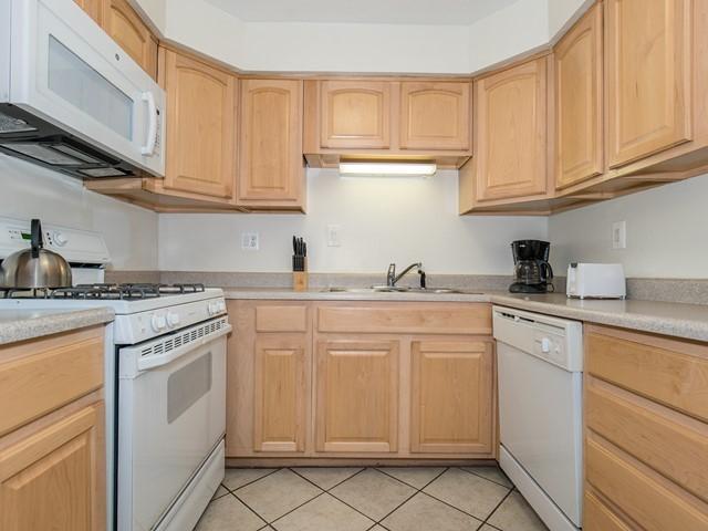 4-Furmished-Apartment_North Brunswick_Kitchen