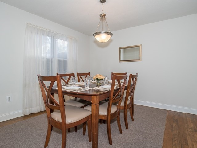 North Brunswick Temporary Housing dining room with table for 6