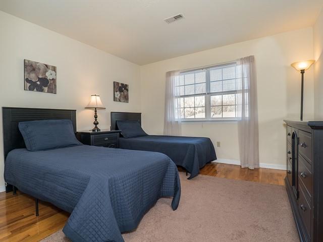 9_Bridgewater-short-term-rental_Bedroom2
