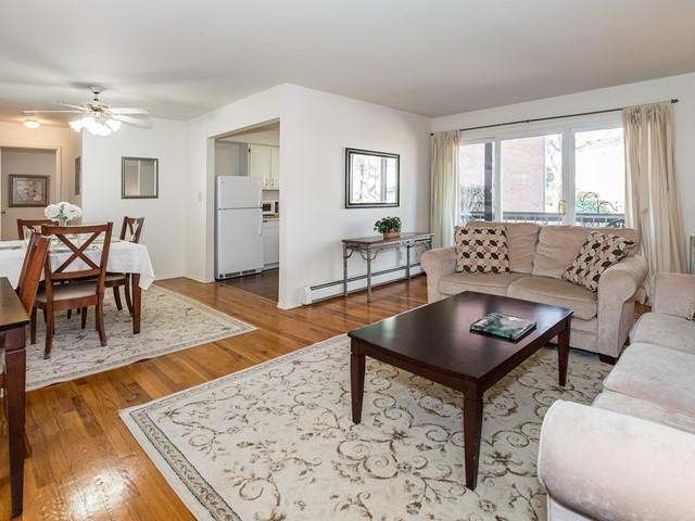 2-Temporary_Housing_Hillsborough_Living Room2