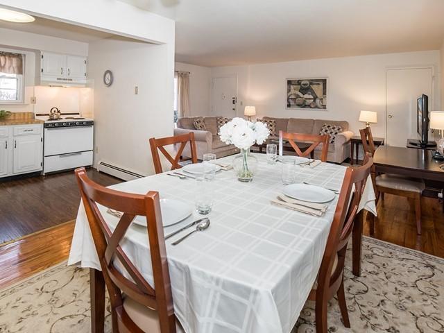 5-Temporary_Housing_Hillsborough_KitchenDining2